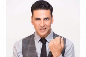 Akshay Kumar makes laughter show's mentors take workshops
