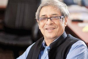 Economy suffering from minor cold: Bibek Debroy