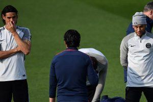 Cavani, Neymar to share penalty responsibility, says PSG coach