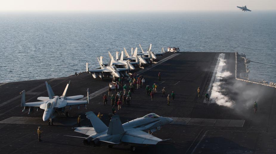 US aircraft, aircraft carrier, Vietnam War, Vietnam