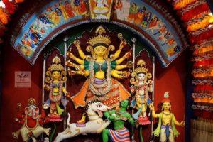 Kolkata police tightens security before Durga Puja, monitors metro stations