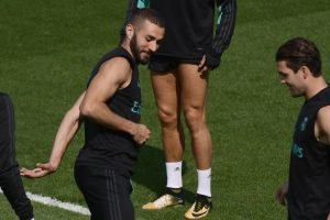Bale & Benzema under spotlight as Real Madrid take on Levante