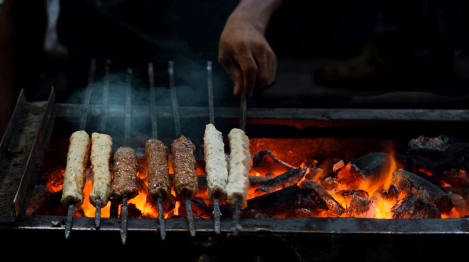 Kabab war, Delhi Court, Alcohol,