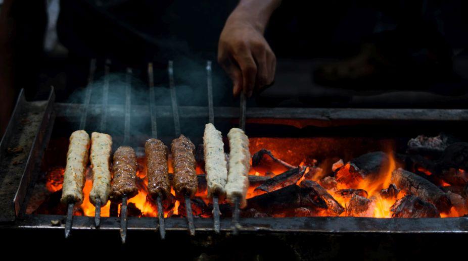 Kabab war, Delhi Court, Alcohol,
