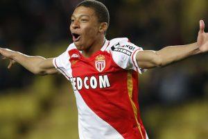 PSG sign Monaco star Kylian Mbappe on loan