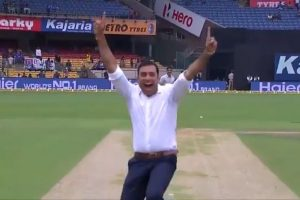 Pathan, Uthappa laud Laxman as he hits bullseye in bowl-out