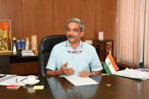 Strike balance between environment, development: Manohar Parrikar