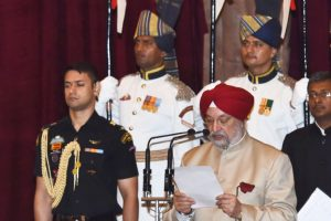 UN Environment head greets Hardeep Puri on becoming minister