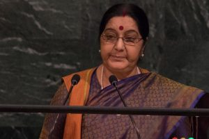 Sushma Swaraj, Shashi Tharoor trade barbs over Hindi