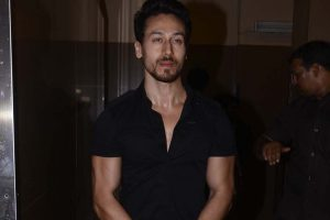 Tiger Shroff spotted flaunting his all-new haircut