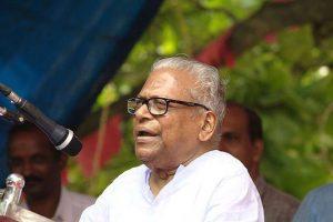 Vijayadashmi sees thousands of Kerala kids writing first alphabet
