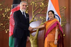 Afghan CEO Abdullah meets Swaraj to 'strengthen partnership'