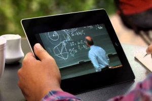 India Tablet PC market dips 11 percent in second quarter: CMR