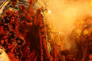 Bengal celebrates Mahanavami with community feasts