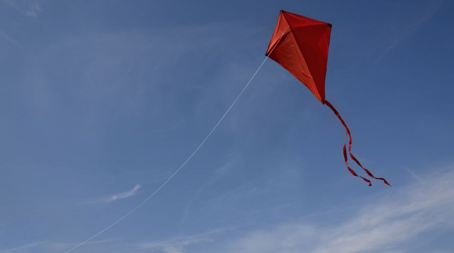 Kite-flying claims 2 lives in Hyderabad