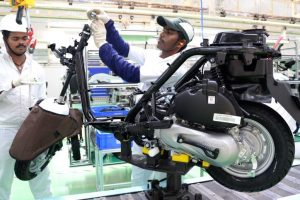 Manufacturing sector must improve for 9-10% GDP: ASSOCHAM-EY