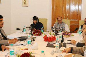 Rajnath Singh meets J-K CM Mehbooba in Kashmir amid militant attack