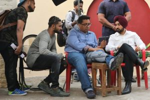 Director of Sonakshi-Diljit starrer injured