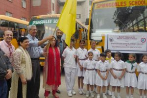 Delhi school extends help to Bihar flood victims