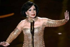 Shirley Bassey open to record another Bond theme