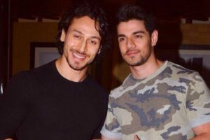 Sooraj, Tiger to play cricket for cancer awareness