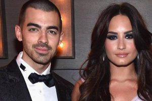 Lovato, Jonas' PDA moments captured on camera