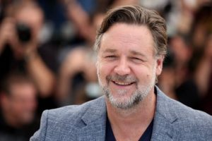 Russell Crowe launches his tea bags range