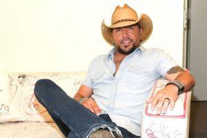 Singer Aldean speaks up on 'horrific' Las Vegas shooting