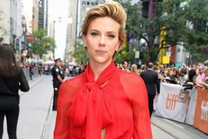 Did Scarlett call out Franco a 'hypocrite' during her Women's March speech?