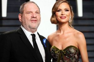 Harvey Weinstein's wife leaves amid sex scandal