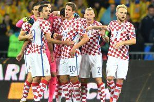Andrej Kramaric keeps Croatia's World Cup hopes alive