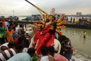 CM Mamata thanks people, police for peaceful Durga Puja