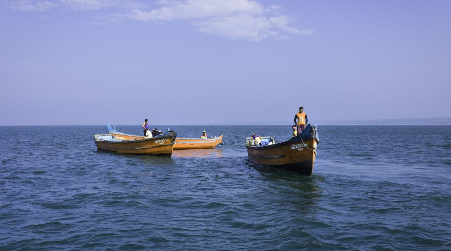 Pakistani fishermen, Indian Fisherman, Pakistan, India