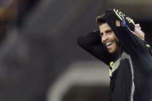 Spain coach asks for calm over defender Gerard Pique