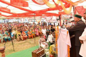 PM Modi's popularity declining rapidly: HP CM Virbhadra Singh