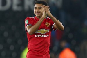 Carabao Cup: Jesse Lingard fires Manchester United into quarters