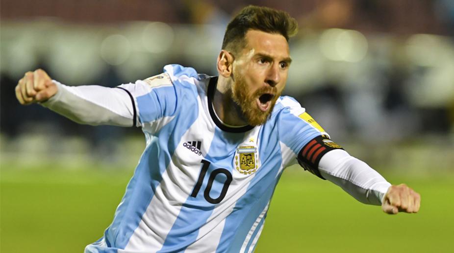 Lionel Messi, Argentina vs Ecuador, Argentina Football, World Cup Qualifiers