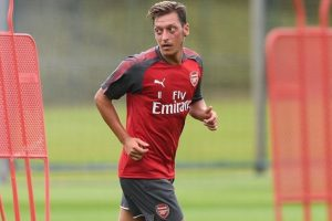 Watch: Arsenal midfielder Mesut Ozil sweats it out in gym