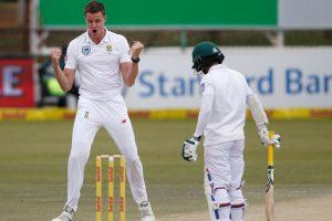 Injured Morkel strikes as rain halts South Africa victory push