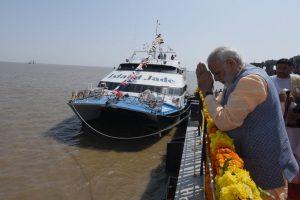 In poll-bound Gujarat, Modi opens Rs 650 crore ferry service