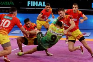 Patna thump Gujarat to win Pro Kabaddi League season 5
