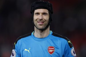 Watch: Arsenal keeper Petr Cech takes on table tennis robot in training