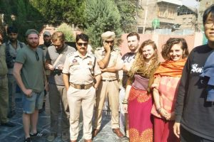 6 foreign tourist mistaken as 'braid-choppers' rescued by J-K police
