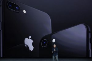 See where you can avail Rs. 9,000 discount on iPhone 8, X