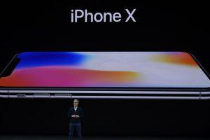 Apple grabbed record 51 percent share of all smartphone revenues in Q4, 2017