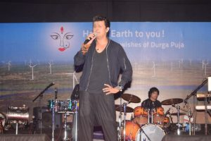 Sonu Nigam to perform with DJ KSHMR