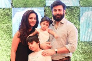 Fawad Khan is a family man; these pics are a proof