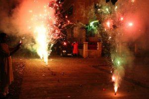 1 killed, 6 injured in fireworks mishap