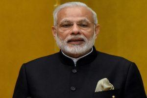 Modi's speech melodramatic theatrics: Congress