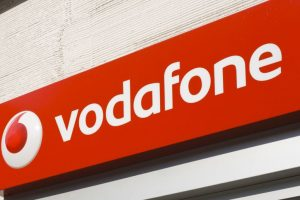 Vodafone 'SuperWeek plan' at Rs. 69 offers unlimited calls, 500MB data